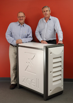 Simon Hackett left and Stuart Smith right with ZCell battery enclosure 07 W