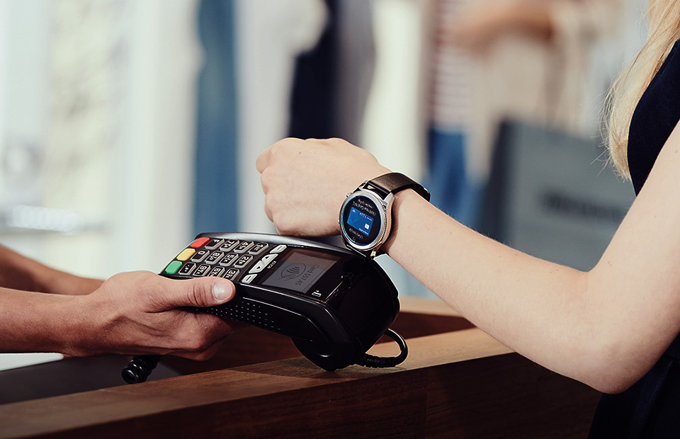 Samsung Pay could support 'high-end smartphones of other companies' starting next year