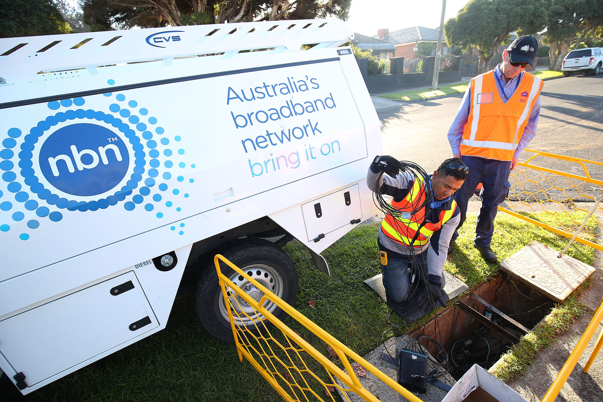 NBN Telcos Pass On NBN Price Cut, TPG First Out
