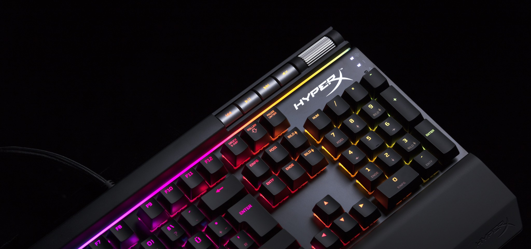 df4f7bb0af1 ... gaming accessories market, after picking up a 2018 iF Design Award for  its well-praised Cloud Flight Wireless Headset and new Alloy Elite RBG  Keyboard.