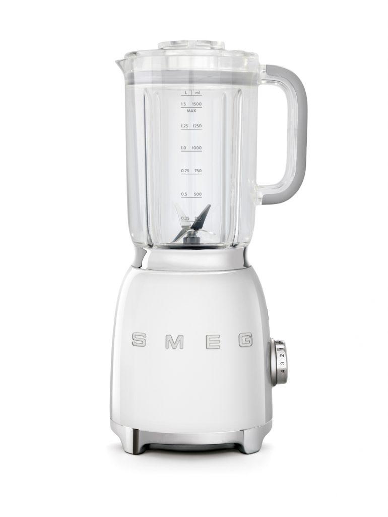 Smeg BLF01WHAU White Blender 770x1024 Smeg Releases All White, Retro Style Blender