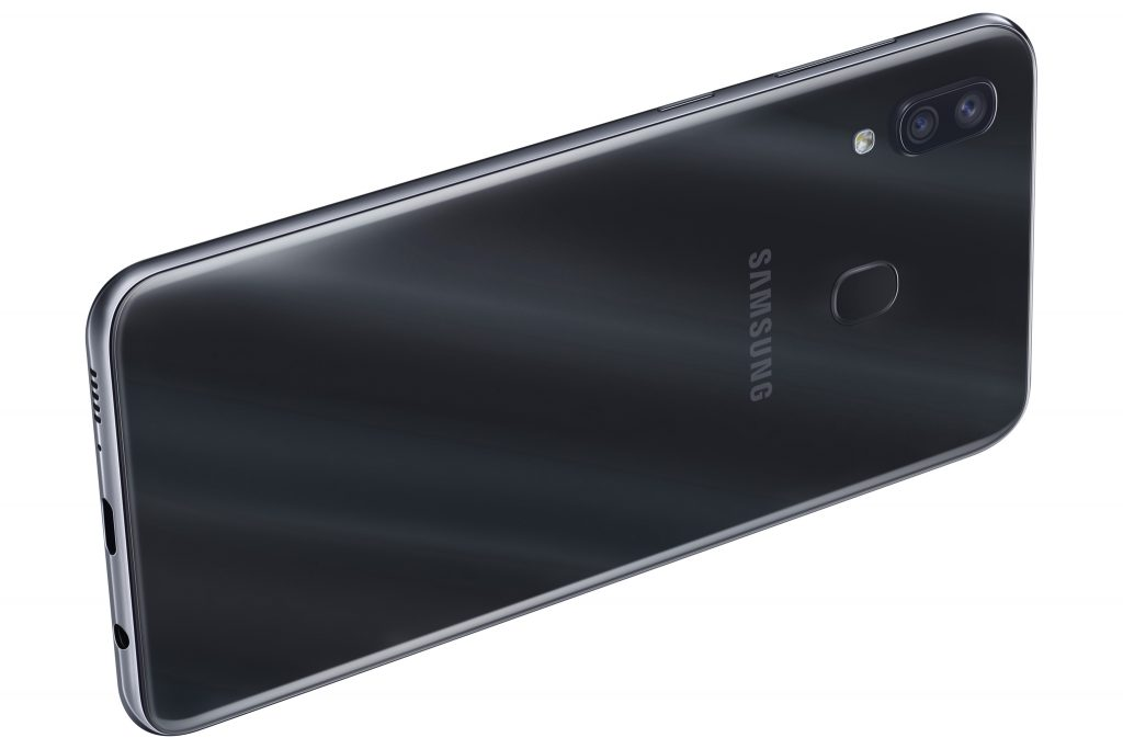 A30 1024x683 Samsung Take On Google With Mid Range Galaxy A Release