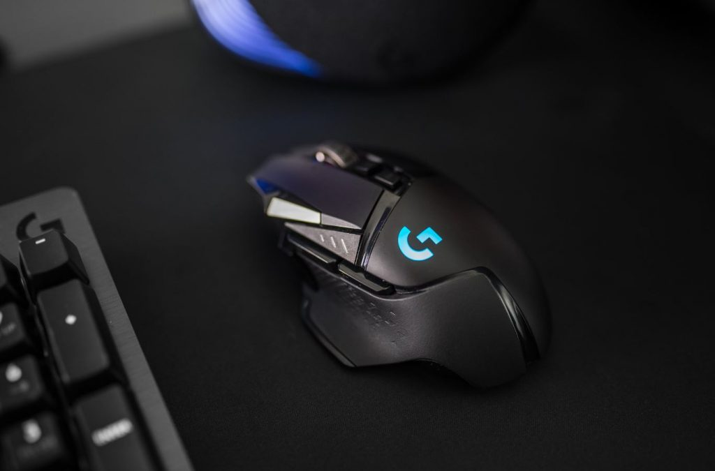 28e37598282 Logitech G has finally unveiled a wireless version of its best-selling  gaming mouse, the G502 LIGHTSPEED, available from May 20, 2019, for $249.95.