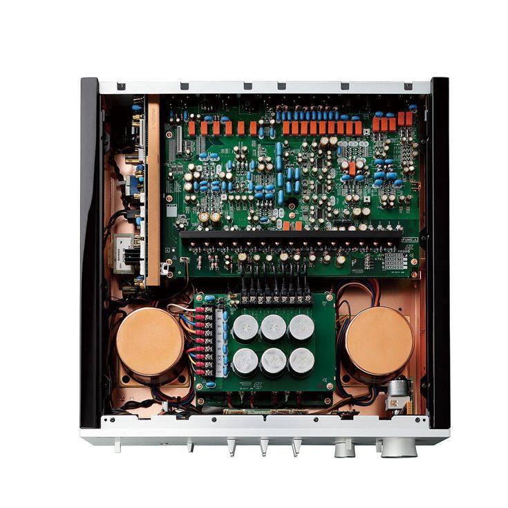 C5000 Interior1UAGBTKLVs 735x735 aae8fed31e57ca0d7028e96781190229 Yamaha Set $43K New Audio Component Standard