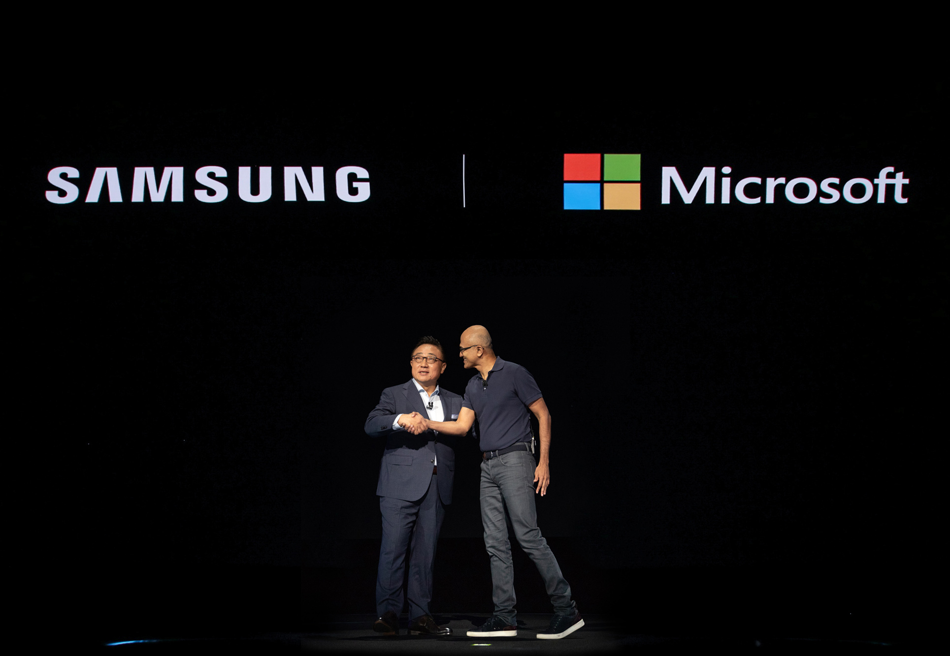 Unpacked 2019 MS Partnership COMMENT: Samsung Microsoft Marriage Set To Seriously Hurt Apple